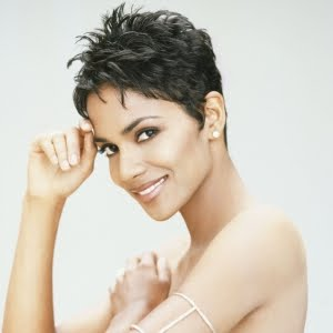 https://hairstylespic.files.wordpress.com/2011/04/halle-berry-short-hair.jpg?w=300