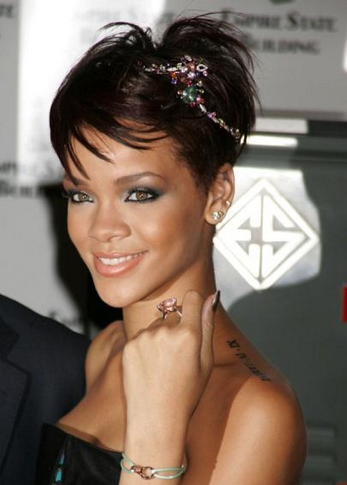 Pin Rihanna Hairstyles Pictures To Pin On Pinterest