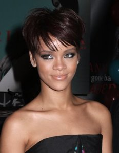 https://hairstylespic.files.wordpress.com/2011/04/rihannashorthair-pixiecut.jpg?w=232