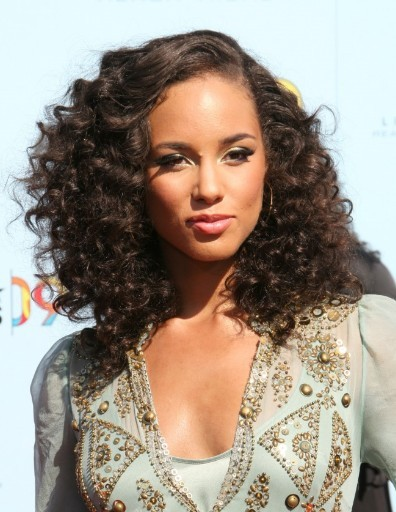 Brilliant Alicia Keys Medium Length Curly Hairstyles Hairstyles Pictures Short Hairstyles Gunalazisus