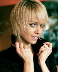 https://hairstylespic.files.wordpress.com/2011/08/short-summerbangshaircut.jpg?w=243