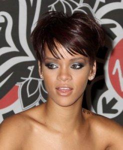 https://hairstylespic.files.wordpress.com/2011/08/short2bhairstyles2bwith2bbangs.jpg?w=246
