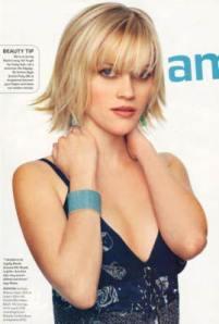 http://3.bp.blogspot.com/_f09YP6bu4Vw/TBeA8A79w9I/AAAAAAAACHc/j-RniAaPCVg/s400/Trendy+Short+Hairstyle+With+Bangs+3.jpg