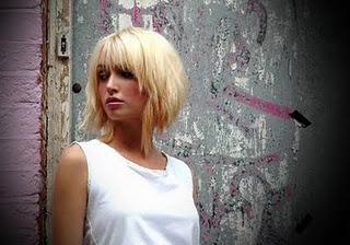http://3.bp.blogspot.com/-VctdXg_KJck/TdZKoHIH3TI/AAAAAAAAAXk/lJv-KKnf32k/s1600/Summer+2009+Blonde+Hairstyles.jpg